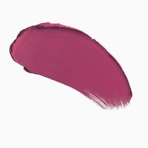 Charlotte Tilbury Makeup - Charlotte Tilbury matte lipstick, Hels Bels